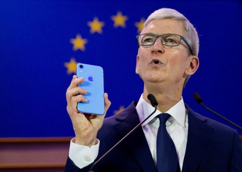 Tim Cook Hints That An IPhone Subscription Could Be Apple's Next Big Move